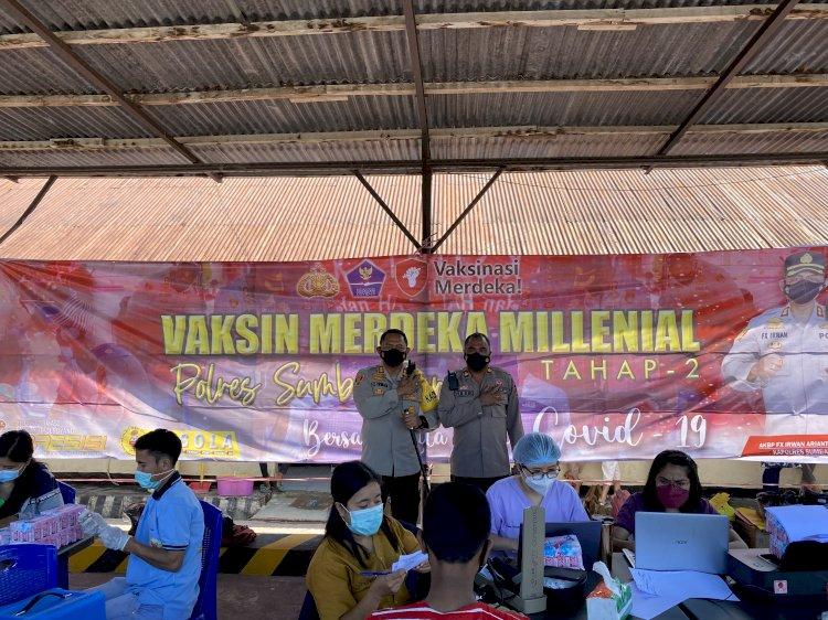 Tembus 1284 Dosis, Serbuan Milenial Pada Pelaksanaan Vaksinasi Merdeka Milenial ke-2 Di Polres Sumba Barat.
